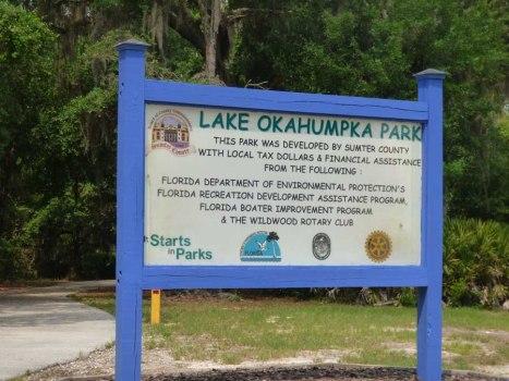 b Park Sign
