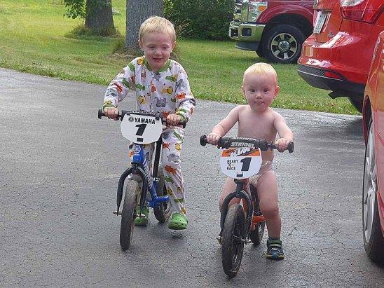 b Boys on Bikes