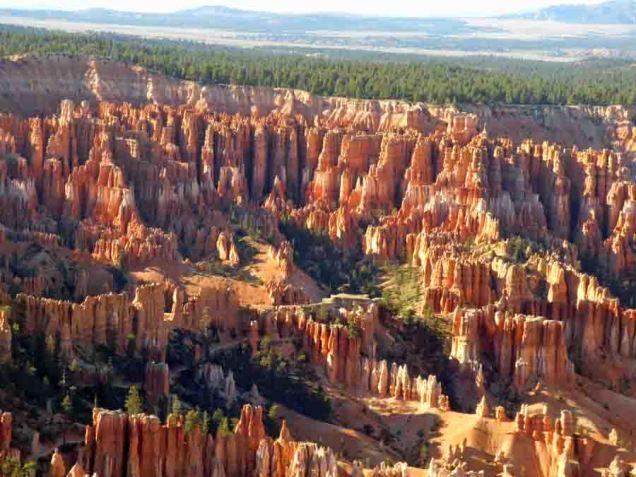 b Bryce Canyon