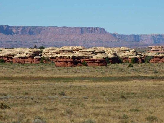 b Hut Rocks