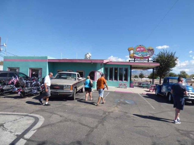 b Mr D'z Route 66 Diner
