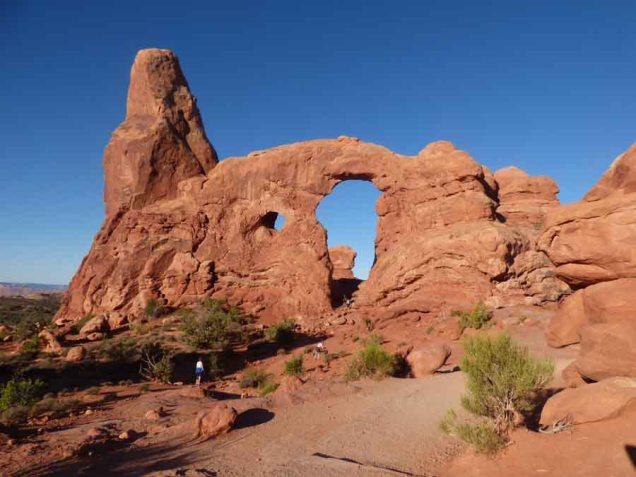 b Turret Arch
