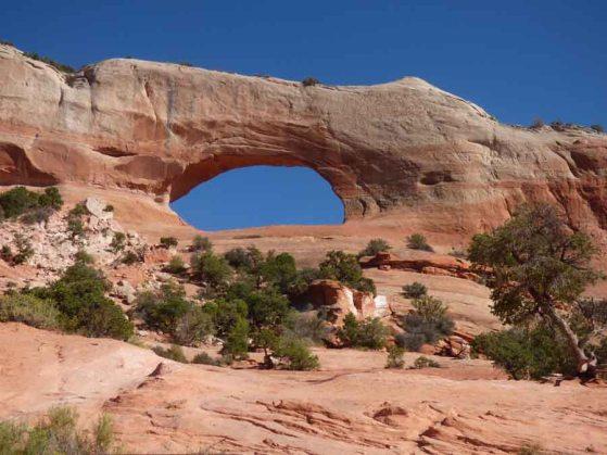 b Wilson Arch