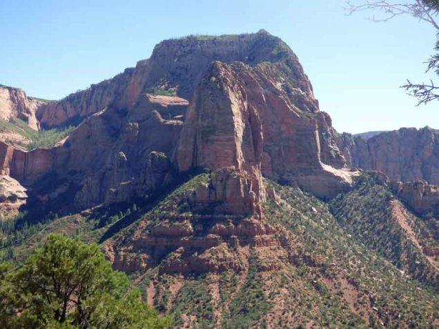 b17 Giant Giant Rock