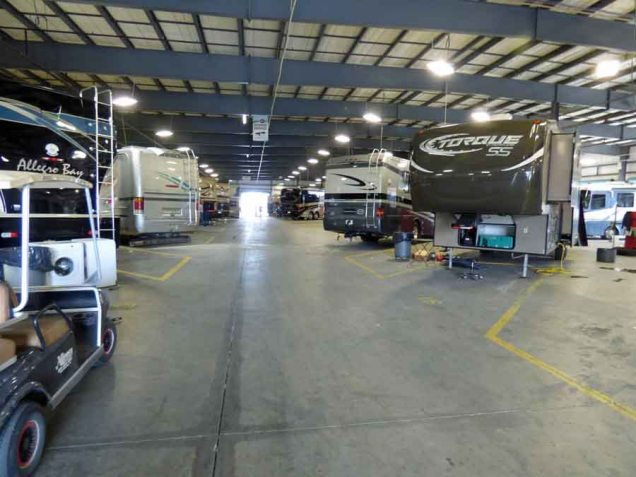 b05 Inside Alliance Coach Garage