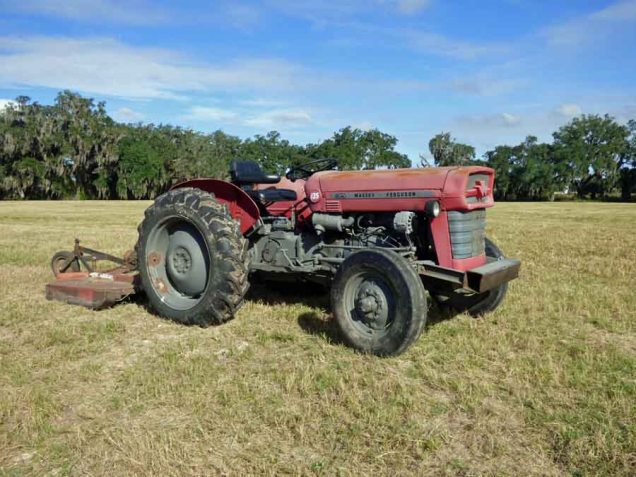 b10 Tractor