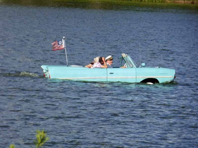 b Car Boat on Lake Buena Vista