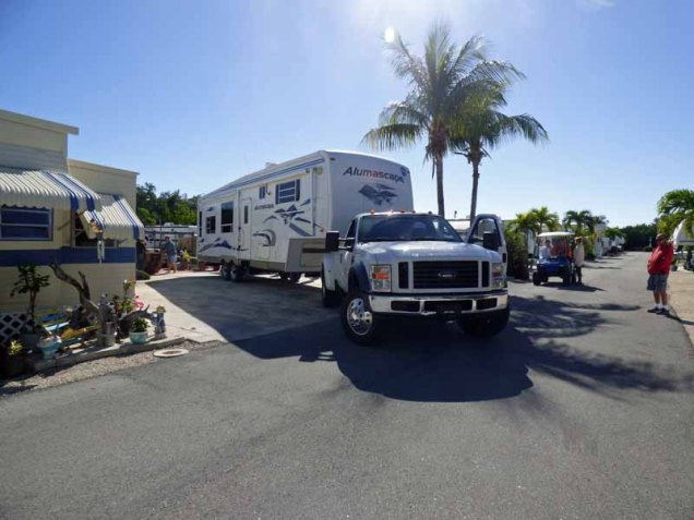 b Fifth Wheel Backing in RV Lot