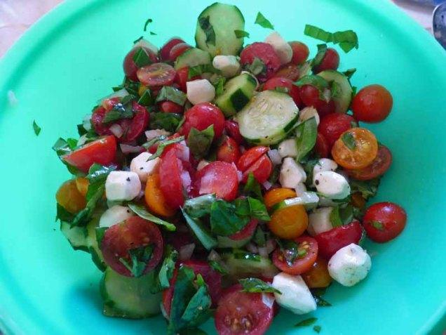 b Tomato Salad