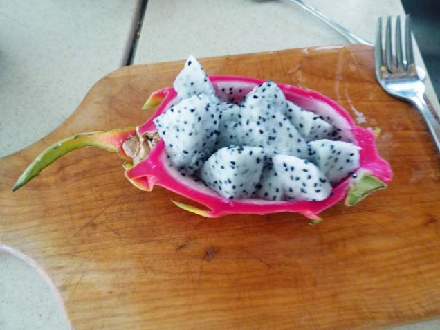 b Dragon Fruit Ready to Eat
