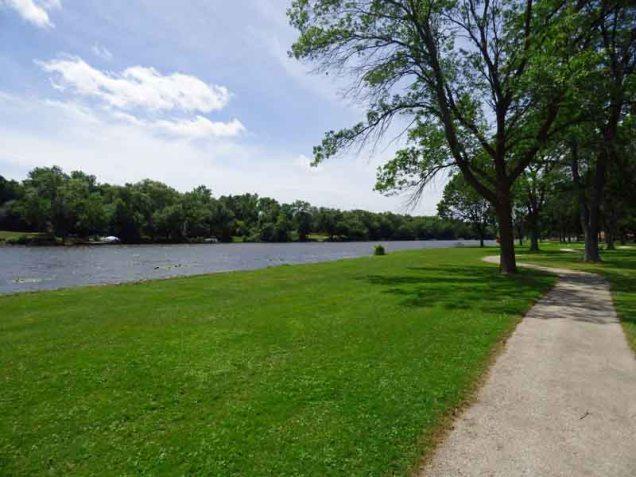 b Milwaukee River at Theinsville Village Park