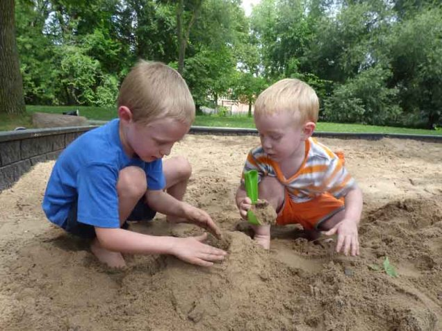 b Owen and Cam in Sand Box