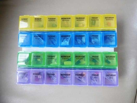 b Pill Box