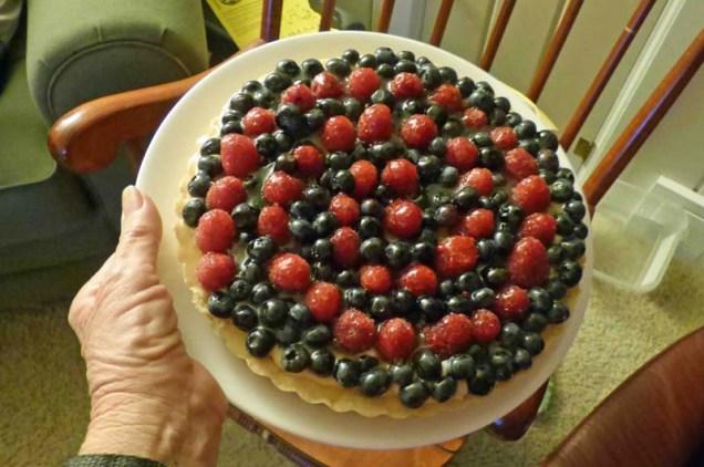b Raspberry Blueberry Tart