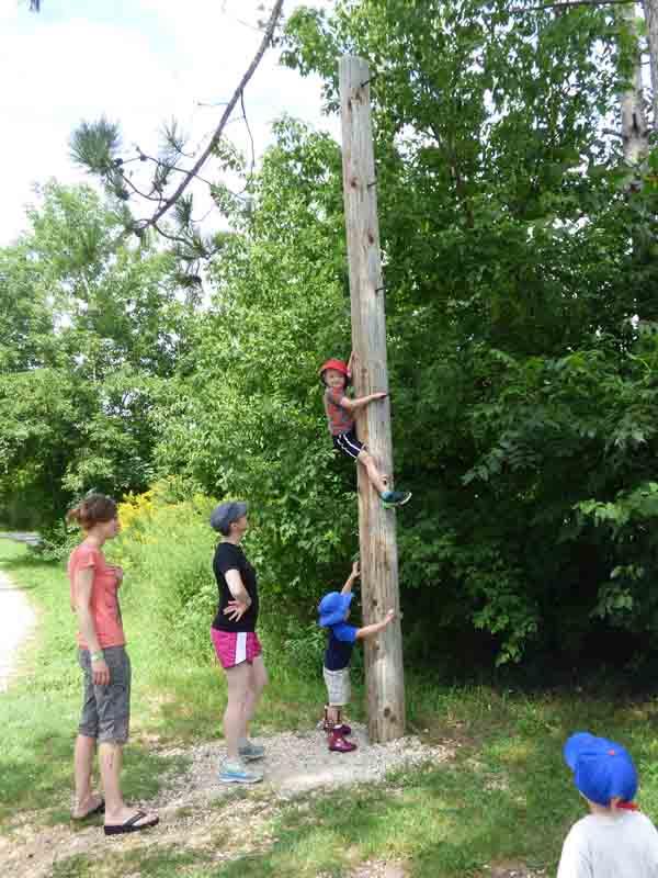 b17 Owen Climbing Pole
