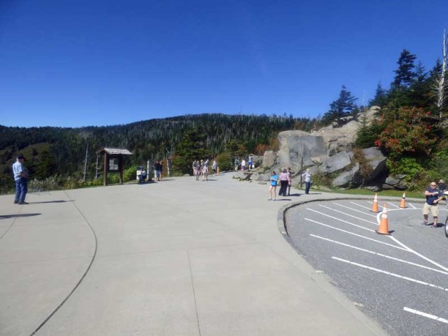 b02-approaching-trail-to-clingmans-dome