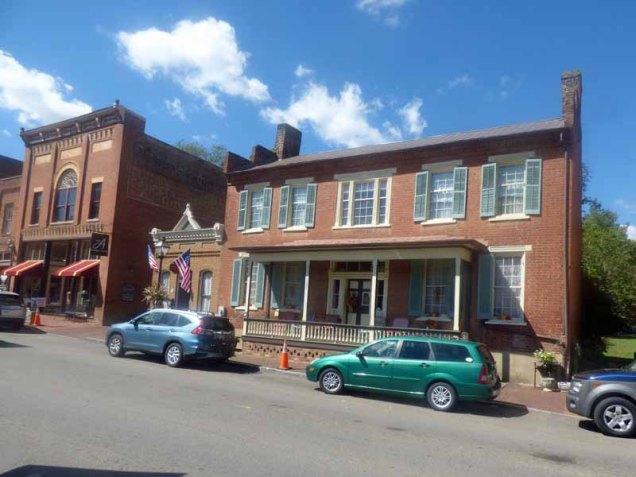 b06-naff-henley-house-1807