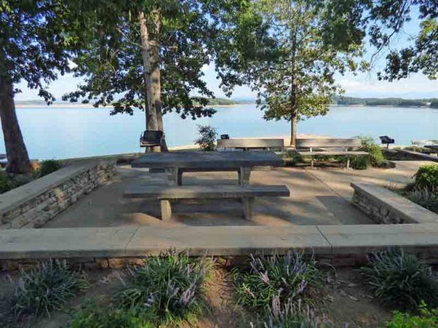 b13-picnic-area
