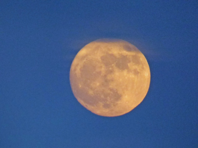 b5-super-moon-disappearing-into-clouds