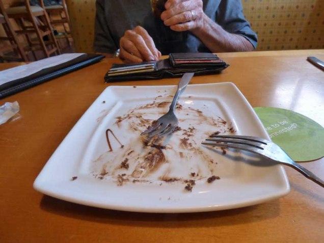 b99-our-dessert-plate