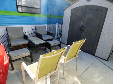 b-outdoor-seating-area